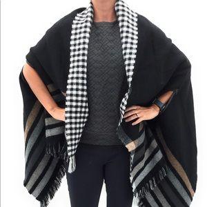 Echo Winter Poncho Black Checkered Plaid Wrap NWOT
